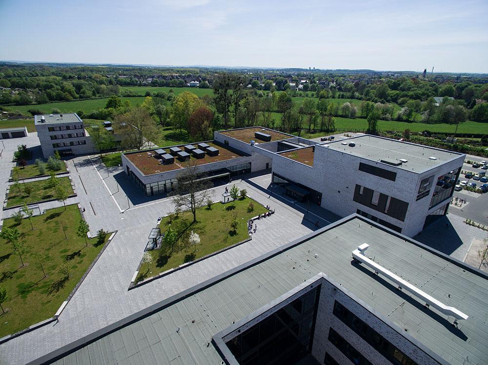 HSHL - Ihr Spezialist fürs Dach – Beer Bedachung GmbH – Oestingstraße 37 – 59063 Hamm